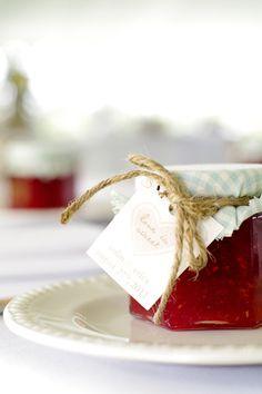 16 Easy-To-Make Wedding Favor Ideas - Jar of Jam or apple butter.