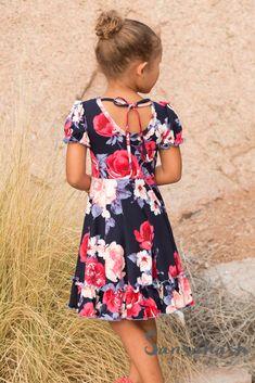 b4f5187fc41 Als je Meisjes jurken naaien leuk vindt, vind je deze ideeën misschien ook  fijn