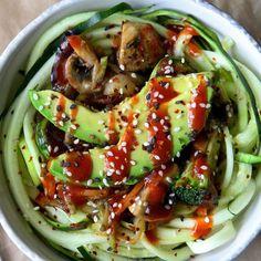 Korean BBQ Zoodle Stir-Fry Bowl - Fitnessmagazine.com
