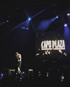mirare. #capoplaza #wanderlust #phregnimpazziti Rap Wallpaper, My Vibe, Album Covers, Rapper, Idol, Singer, Hairstyles, Wallpapers, Babies