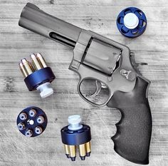 I like these speed loaders. Revolver with high speed loaders.. Can't beat the ol'reliable