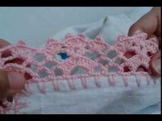 Barrado de crochê de canto para caminho de mesa