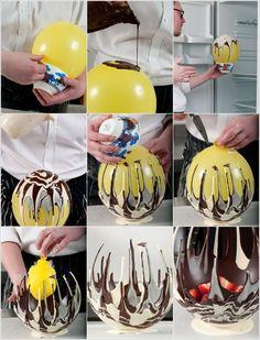 Panier en chocolat : faire couler du chocolat sur un ballon; laisser durcir; crever le ballon. Et voilà!