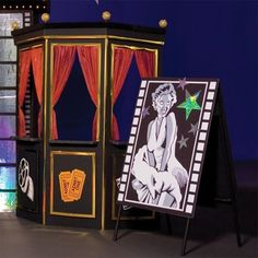 Step right up and buy your tickets at this old fashioned ticket booth. Booth measures 6 feet 8 inches high x 5 feet 1 inch wide x 24 inches deep. Broadway Theme, Broadway Tickets, Party Tickets, Movie Tickets, Hollywood Birthday Parties, Hollywood Party, Hollywood Box Office, Hollywood Glamour, Oscars