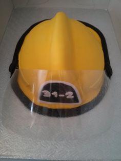 casque de pompier Creations, Hats, Fashion, Fire Helmet, Projects, Moda, Hat, La Mode, Fasion