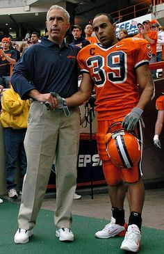 Former Syracuse football running back Walter Reyes has died at the age of  36 42bc2ca2f