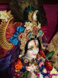 Krishna bhajan Hare Krishna Mantra, Hare Rama Hare Krishna, Cute Krishna, Krishna Painting, India, Princess Zelda, Art, Wild Women, Home