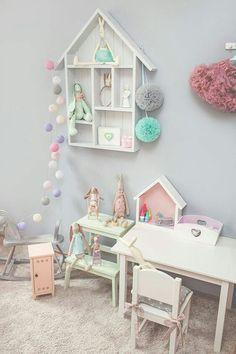 Inspiráció gyerekszoba dekorációhoz gömblámpával