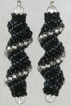 One of the most intriguing variations of peyote stitch is the Cellini spiral. This stitch is a type of sculptural peyote that produces an elegant...
