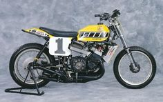 '75 YAMAHA TZ750 Dirt-Tracker