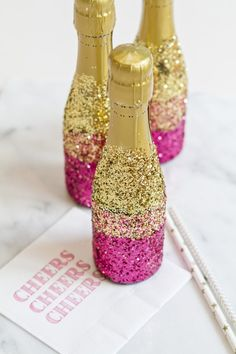 DIY: Mini-Champagne Bottles With Glitter