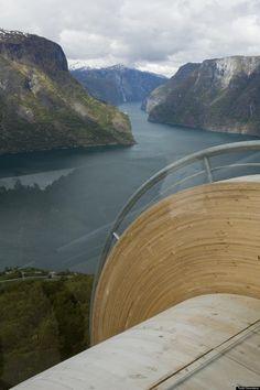 Ørnesvingen by 3RW Arkitekter: Combining Nature and Architecture. | CCD Engineering Ltd