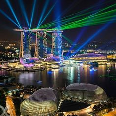 Spectacular capture of the laser light show in the Marina Bay Singapore by @dan... | http://ift.tt/2b7Z089 shares #travel #destination for #rich #vacation and #holiday. #Get #hotels #Deals at http://ift.tt/2b7Z089