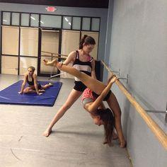 @misskballerina - thanks for bending me. ???? @dancing_fifi