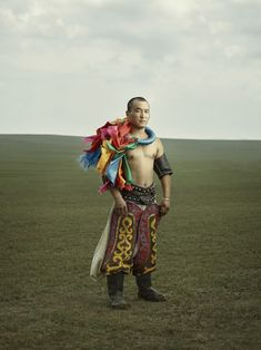 Powerful Portraits Capture the History and Masculinity of Mongolian Wrestling