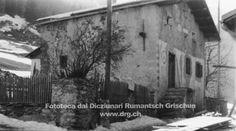 <i>Ina da las pli veglias chasas da Tinizong che datescha dal 1578</i> <br>(Fotografia: Perscrutaziun Chasa purila) Chur, Pli, Fotografia