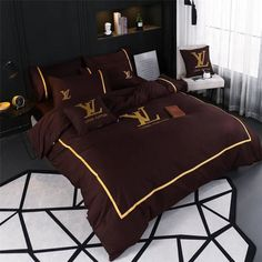 31 Perfect Bed Sheets Ideas For Your Bedroom - Choosing the right bed sheets is vital to your happiness. While it may not seem like a lot at first, the right bedding can help you to sleep better an. Gucci Bedding, Satin Bedding, Bed Comforter Sets, Queen Bedding Sets, Luxury Duvet Covers, Luxury Bedding Sets, Bed Cover Sets, Bed Covers, Designer Bed Sheets