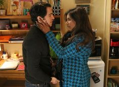 Whoa, You¹ll Never Believe Which Show Just Revealed Their Leading Lady is Pregnant!  Mindy Kaling, Chris Messina, The Mindy Project