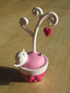 https://flic.kr/p/99apur | Valentines Bird | Shop info on profile.