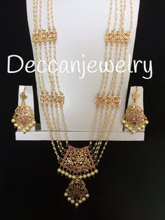Gold Jhumka Earrings, Jewelry Design Earrings, Gold Jewellery Design, Gold Jewelry, Necklace Designs, Gold Necklace, Bridal Jewellery, Fashion Jewellery, Gold Fashion