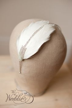 Wedding Hair Accessories / Vintage  feather headband, with vintage jewels #afestiveheart