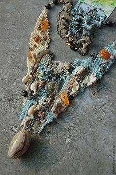 """Колье, бусы ручной работы. Ярмарка Мастеров - ручная работа колье фриформ """"Сказочный пляж"""". Handmade."""