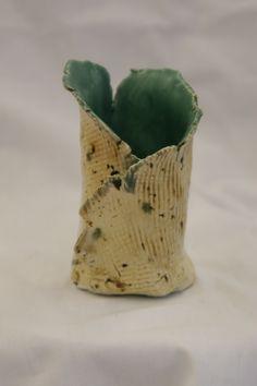 ceramic texture vase