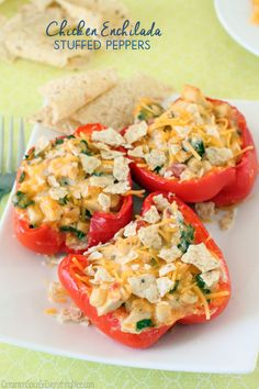 Chicken Enchilada Stuffed Peppers #chicken #peppers