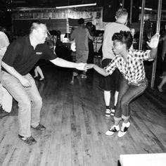 Lindy Hopping at Joes