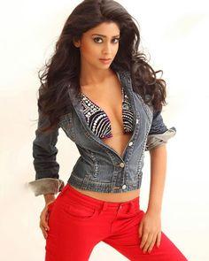 Indian Actress Shriya Saran Hot Photos and Wallpapers   Hot Images