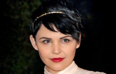 Hair Highlights: Ginnifer Goodwin goes for black, black hair that's softened thanks to a delicate headband. http://glo.msn.com/beauty/hair-highlights-amazing-accessories-7998.gallery?photoId=91150