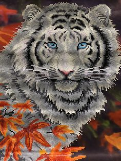 Peler Beads, Cross Stitch Animals, 5d Diamond Painting, Diamond Art, Beading Projects, Plastic Canvas Patterns, Loom Beading, Different Patterns, Baby Quilts