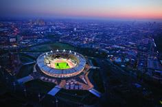 Transformação do Estádio Olímpico de Londres / Populous (Londres, Reino Unido) Categoria: Empreendimento de lazer