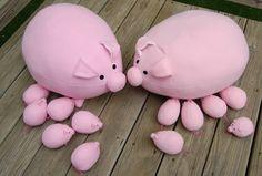 ikat bag: Pig Pattern! piglets store inside pig