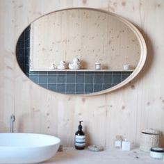 Bath time après un bon footing en forêt avec les copines 🙋🏼♀️ #relax#sunday#bathroom#home Wood Bathroom, Laundry In Bathroom, Bathroom Ideas, Nordic Style, Beautiful Bathrooms, Decoration, Relax, Shower, Mirror