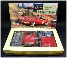 1964 Vintage Jaguar XK-E GT Sports Coupe 1/8 Scale Monogram Model Kit in Box #Monogram