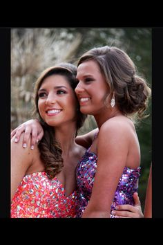 Best friend prom pictures prom ideas in 2019 Homecoming Pictures, Prom Photos, Prom Pics, Homecoming Poses, Prom Photography, Best Friend Photography, Prom Picture Poses, Picture Ideas, Prom Couples