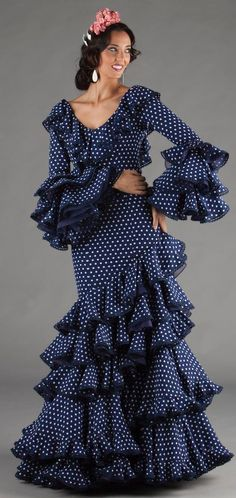 Flamenco Costume, Dresses With Sleeves, Women's Fashion, Dance, Costumes, Long Sleeve, Beauty, Flamingos, Fiestas