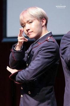 J-Hope❤ BTS Hongdae Fansign (170226) #BTS #방탄소년단
