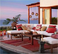 Shop Pottery Barn for expertly crafted outdoor furniture sets. Find patio furniture sets including outdoor chairs, dining tables and more, perfect for any style. Outdoor Lounge, Outdoor Rugs, Outdoor Spaces, Outdoor Living, Outdoor Sectional, Outdoor Pillow, Furniture Covers, Outdoor Furniture Sets, Inexpensive Furniture