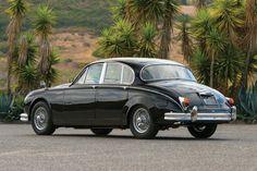 Jaguar Mark II – The Gentleman's Express