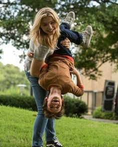 Cassie and Sammy The 5th Wave Movie, The Fifth Wave Book, The 5th Wave Series, Nicolas Cage, Hit Girl, The Last Star, Chloe Grace Moretz, About Time Movie, I Love Books