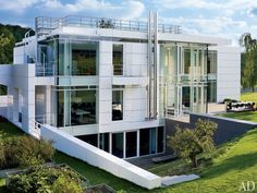 Exterior : Richard Meier Designs a Minimalist Home in Luxembourg : Architectural Digest