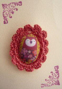 Image of Broche crochet, illustration Mini Labo par Aux Petites Canailles