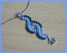 Wavy bead necklace tutorial