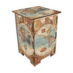 51 EUR, including shipping. Taburete decorado con Fotos antiguas de mapamundi