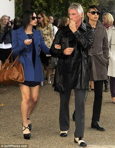 Paul Weller, becomes a Modfather again to twins Bowie and John Paul with new wife Hannah, 25 Paul Weller's young wife has given birth to twin boys – one who the couple have named aft… Beautiful Children, Beautiful Men, The Style Council, Paul Weller, New Wife, Twin Boys, Mod Fashion, John Paul, Great British