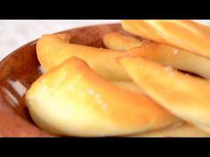 Kifli recept Borbás Marcsitól - YouTube Coffee Shop, Peach, Make It Yourself, Fruit, Sweet, Youtube, Foods, Coffee Shops, Candy