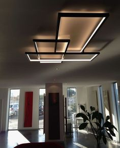 The Trio LT : a product that combines a high quality LED to a unique lighting design - Best Home Decorating Ideas - Easy Interior Design and Decor Tips Ceiling Light Design, Ceiling Lights, Ceiling Ideas, Modern Ceiling Design, Simple False Ceiling Design, Modern Design, Blitz Design, Plafond Design, Unique Lighting