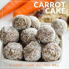 Carrot Cake Energy Bites Carrot oat energy bites, healthy no bake nut-free energy ball for kids and a perfect healthy Christmas treat, Reindeer Food Healthy Lunch For School, Healthy Snacks For Kids, Healthy Baking, Healthy Treats, Healthy Dinner Recipes, Vegan Recipes, Healthy Breakfasts, Healthy Summer, Delicious Recipes
